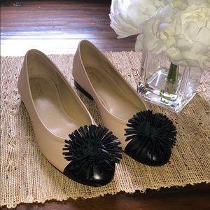 NWOT cute 2 colors Michael Kors flat shoes
